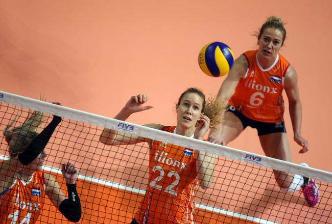 荷兰3-0俄罗斯
