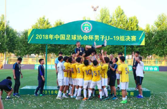 苏宁意大利青训总监:足球是游戏 态度是关键