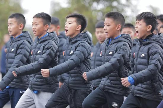 将军训进行到底!华夏八支梯队同时赴高原展开军训