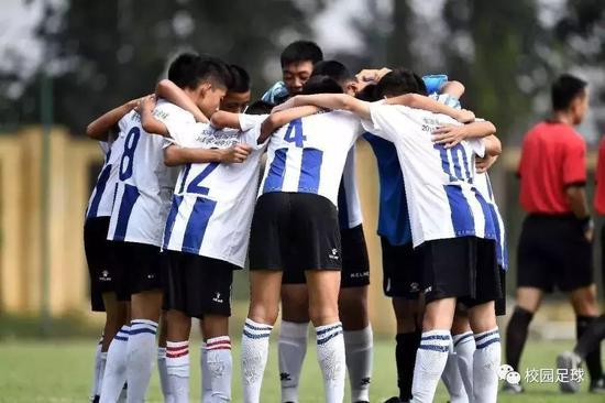 中小学生可申请一二级足球运动员 可免考进多高校