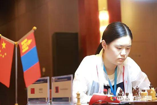 绍兴越城国象女子公开赛第2轮 朱锦尔全胜领跑