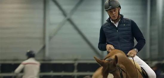 冠军马的养成日记!带你走进世界冠军的马房,看他的马是如何管理的