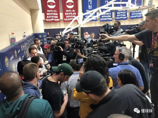 从8投0中到8投8中只用了10分钟!大哥别打脸 NBA新闻 第18张