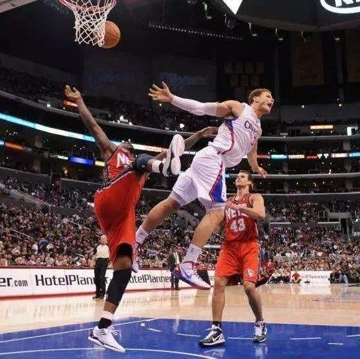 """裁判:""""这么精致的演技,实在是难为我啊!"""" NBA新闻 第1张"""