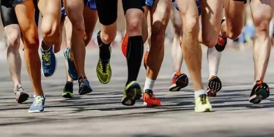 10/10/10策略 能让马拉松跑者成绩更好吗?