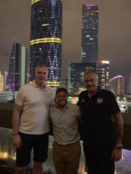 富力主帅:中国男篮也可以尝试归化 塞尔维亚能赢