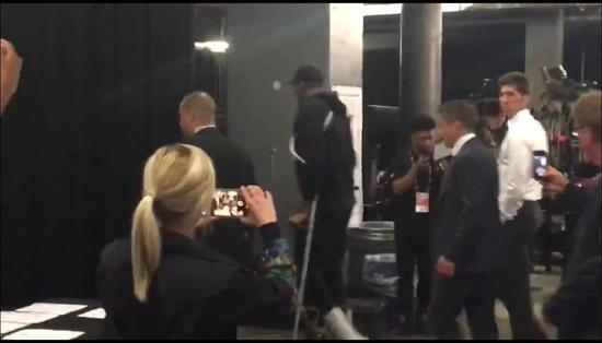 杜兰特再伤!全世界都被他感动!勇士为他而战 NBA新闻 第9张