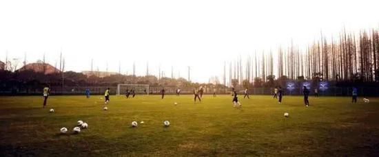 教父!徐根宝为上海乃至中国带来宝贵的足球财富