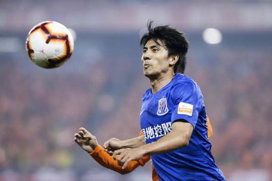 王伟的足球故事十分励志