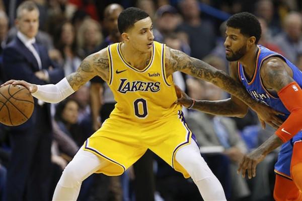 库兹马:媒体把NBA搞的像脱口秀!兄弟们,冷静!