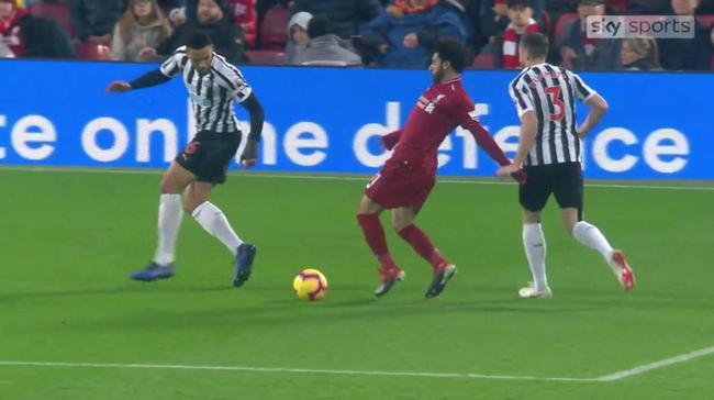 争议!利物浦第1天王被指假摔 恐被禁赛2场