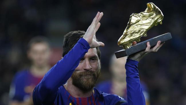 梅西将领取欧洲金靴奖
