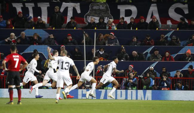 曼联0-2负巴黎