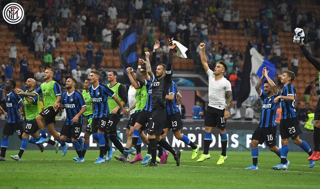 (国际米兰在新赛季首轮比赛以4:0大胜莱切)