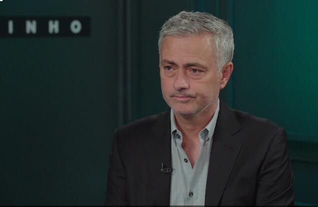 穆帅:曼联防守真不错 让梅西见血防守没啥问题