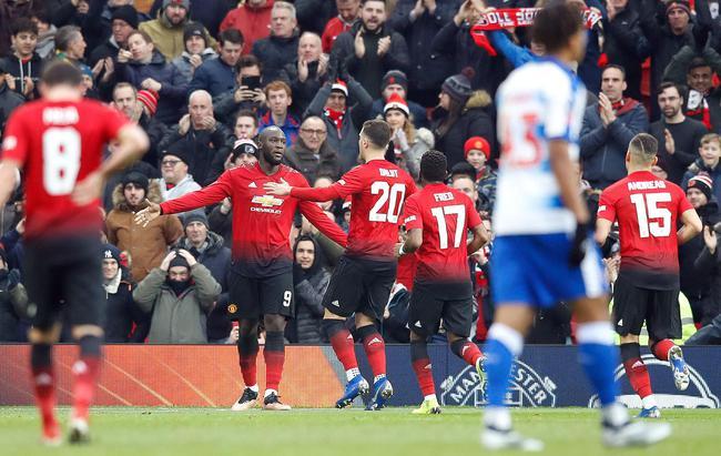 足总杯-桑切斯助攻卢卡库 马塔进球曼联2-0晋级