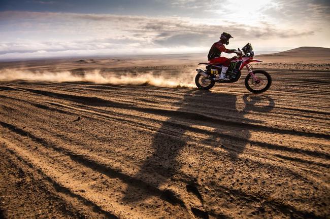 布拉贝克领跑摩托车组总成绩榜