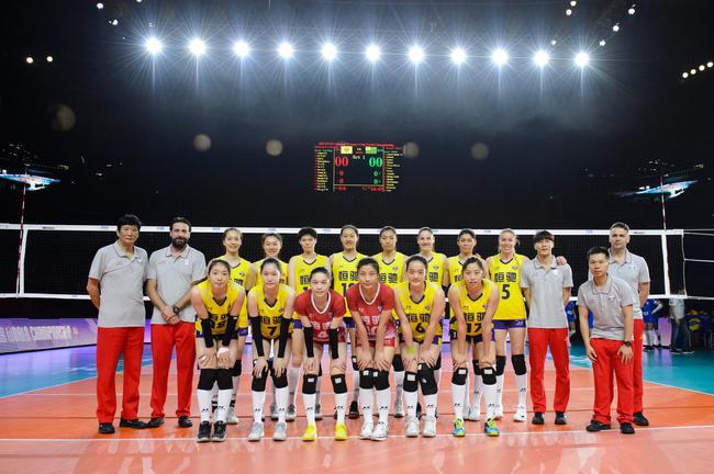 女排世俱杯中国队首战获胜 得分王是位俄罗斯大炮