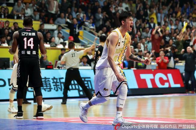 刘铮的32分没能帮球队拿下胜利
