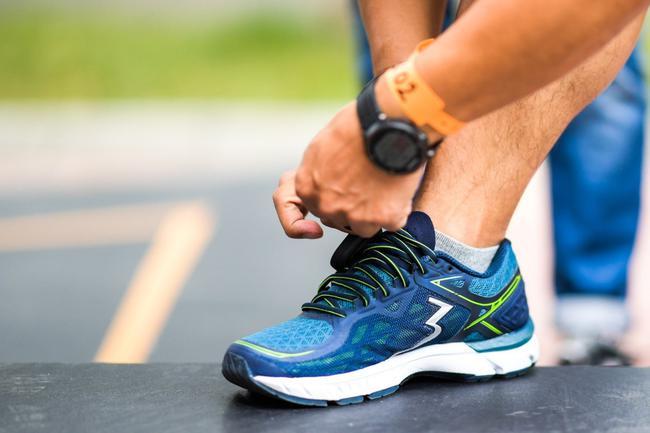 361°国际线专业跑鞋SPIRE2