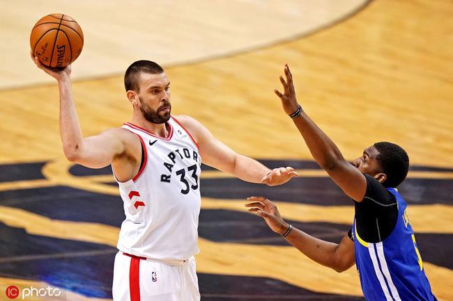 总决赛G5裁判报告:只出现一次误判有利勇士 NBA新闻 第1张