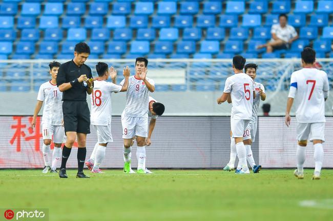 国奥0-2不敌越南国奥