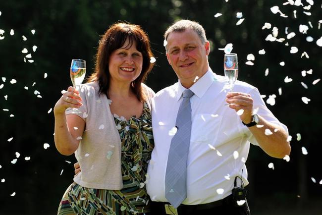 夫妻二人曾于2013年命中5949万