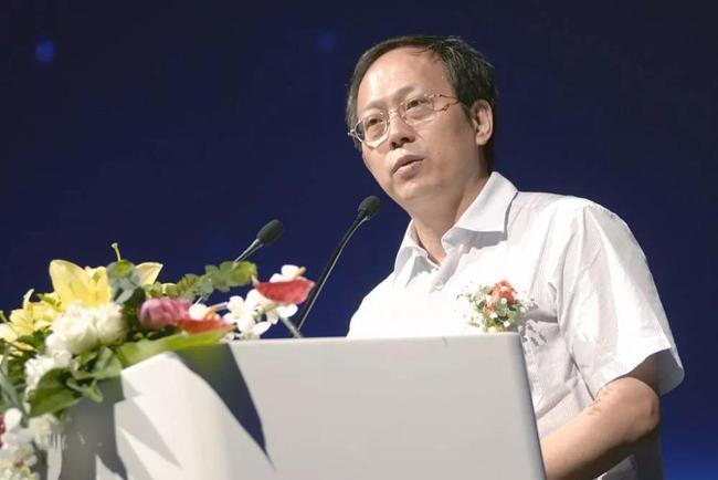 苟仲文:中央重视足球工作 建设体育强国的突出案