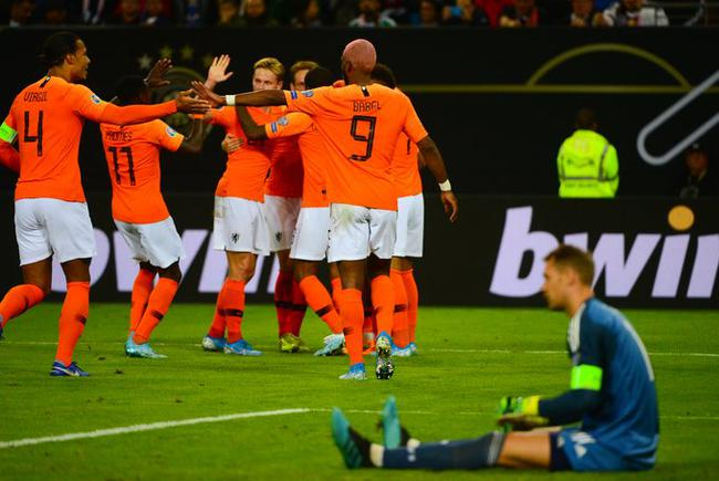 缺席去年的世界杯后,荷兰队迅速实现了重新崛起