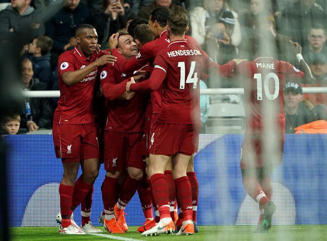 英超-萨拉赫进球伤退 奇兵绝杀利物浦3-2客胜领跑