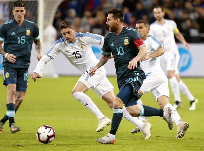 热身-梅西传射阿Kun进球 阿根廷2度落伍2-2乌拉圭