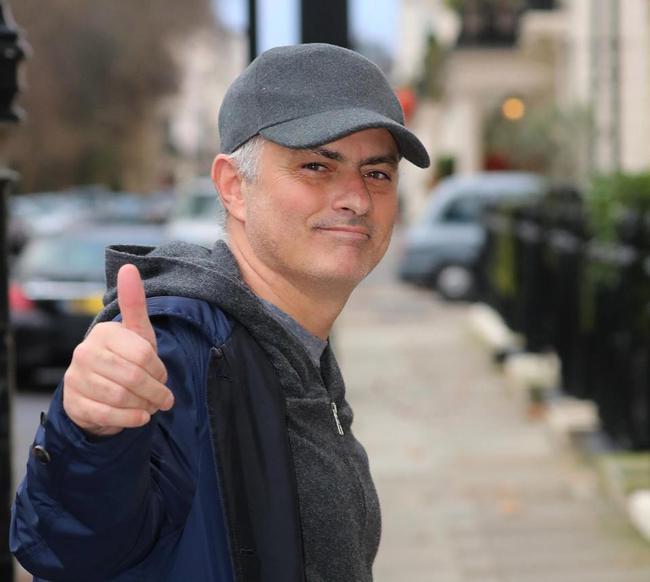穆里尼奥下课后再就业!担任评球员 解说亚洲杯
