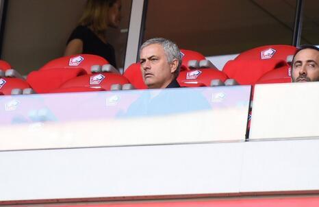 穆里尼奥:没看曼联输巴黎的比赛 英超太熟了无趣