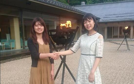 藤泽里菜与上野爱咲美