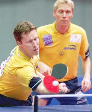 图文-世乒赛男双首轮 瓦尔德内尔\/佩尔森被淘汰