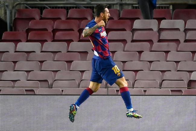牛!梅西欧冠攻破35队大门 场均进球比C罗莱万都高