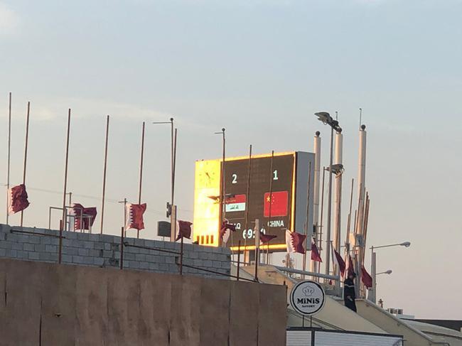 国足1-2不敌伊拉克