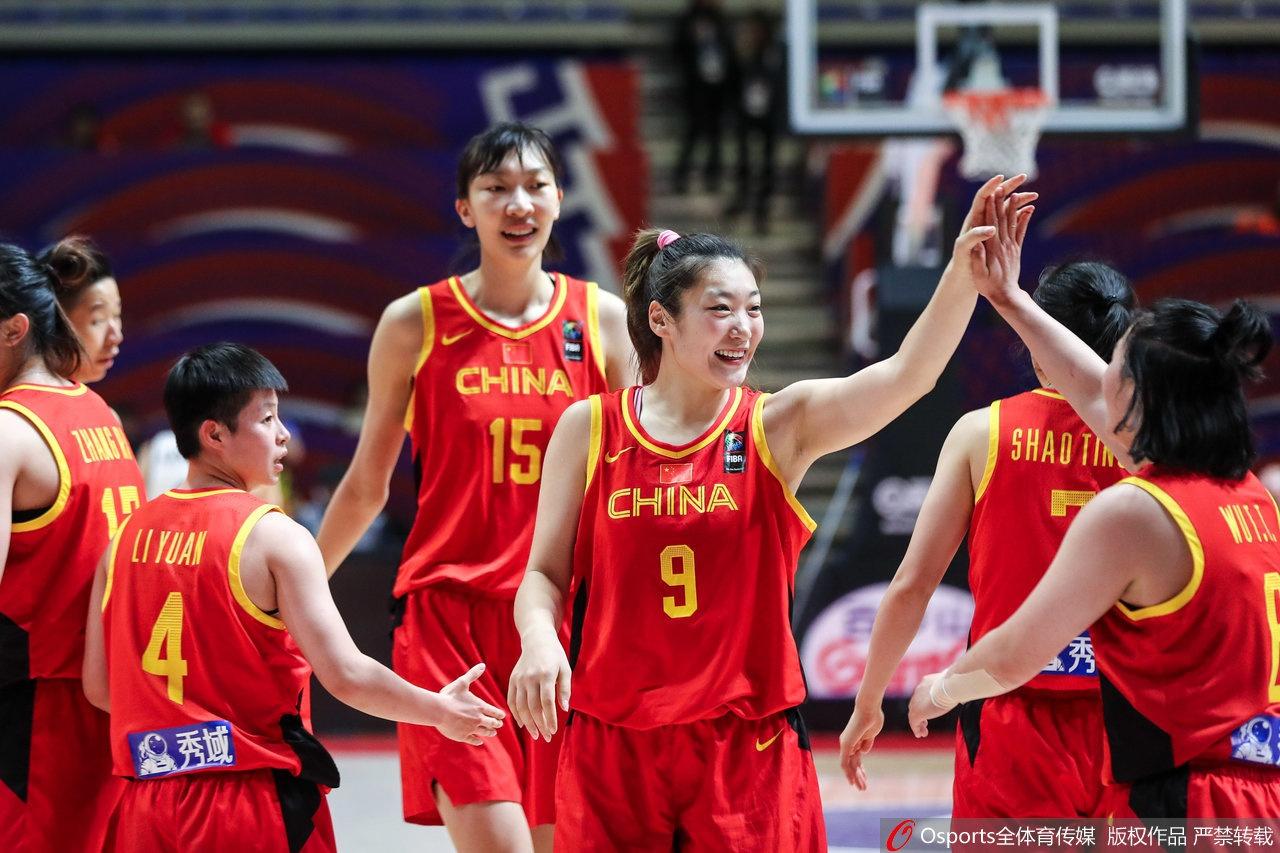 人民网:逆境中求生存!中国女篮冲奥之路