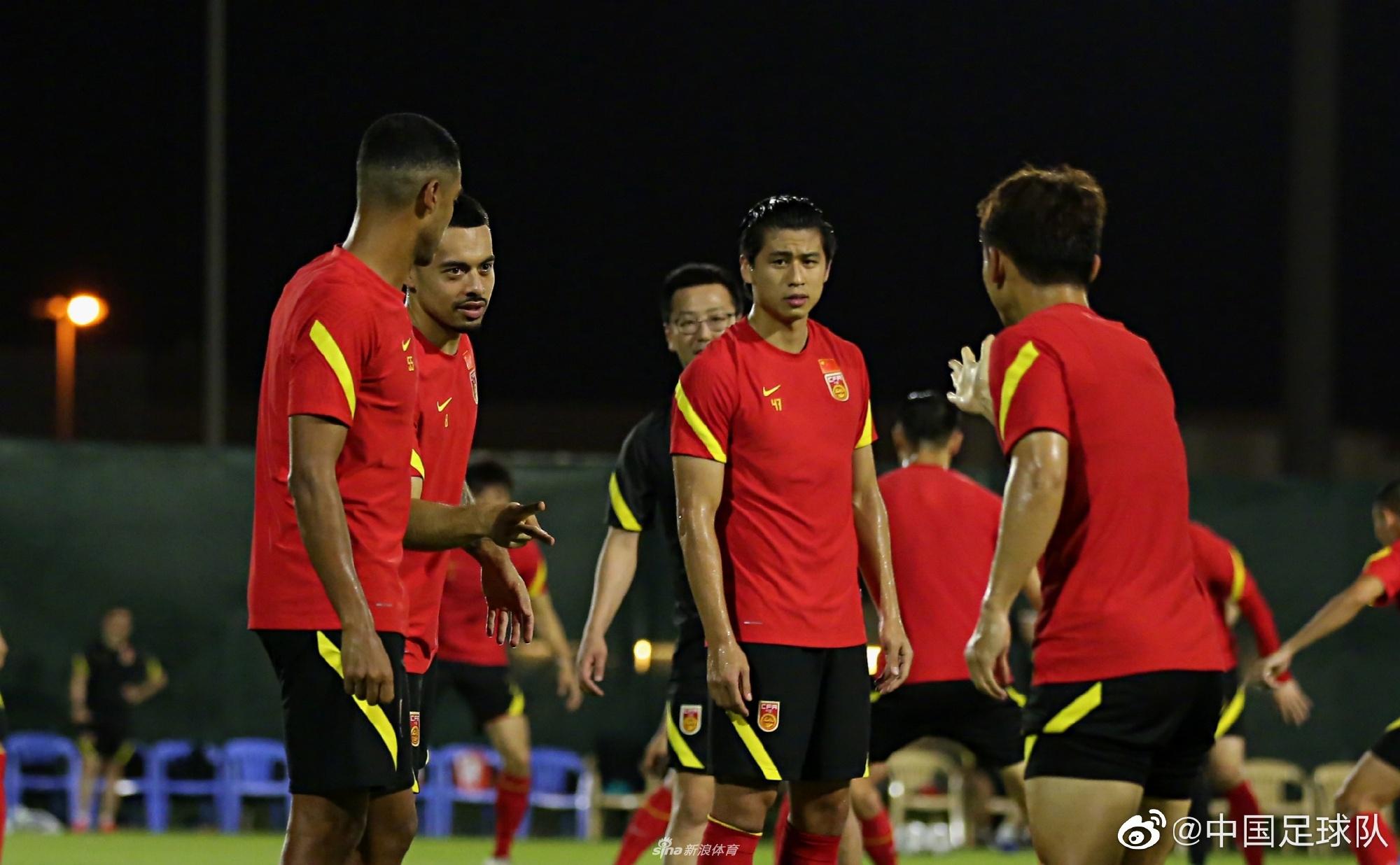 新浪专访郑智:坚信国家队能进12强 打马代能赢4个