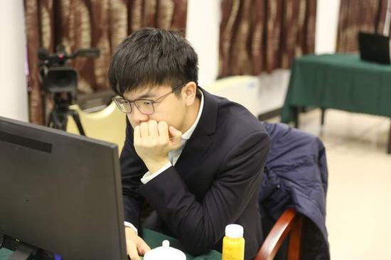 中国第一人柯洁