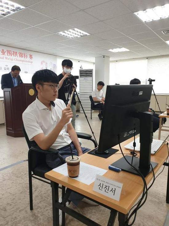韩国第一人申真谞九段