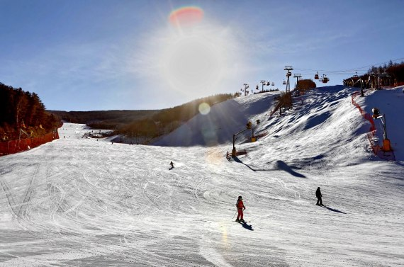 當黃金增長期遭遇疫情 中國滑雪產業努力共渡難關