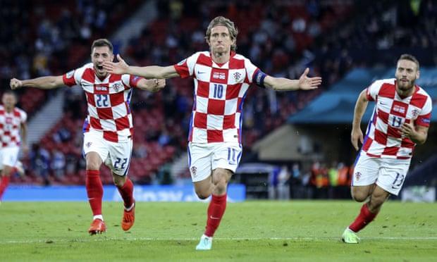 克罗地亚3-1出线