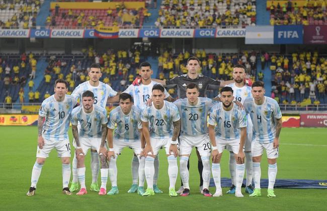 世预赛-梅西中楣 阿根廷连丢2球遭哥伦比亚绝平