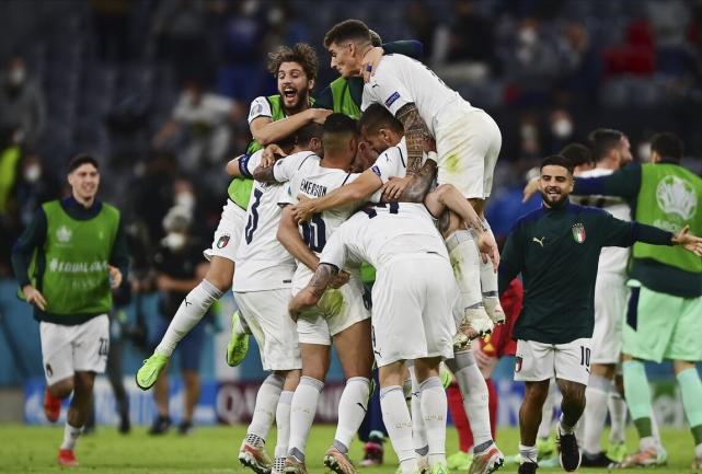意大利露出了冠军相