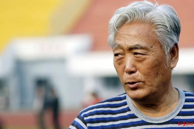 国足讣告:高丰文同志千古 为中国足球做卓越贡献