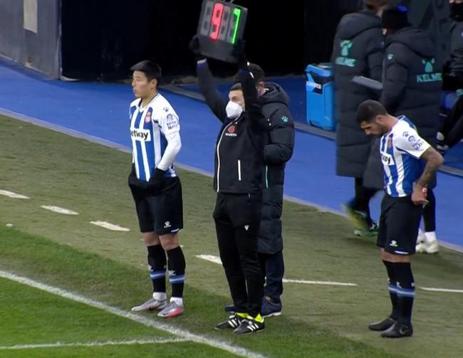 西乙-武磊替补出场 西班牙人2-0胜夺得半程冠军