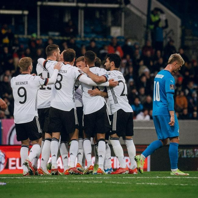 对冰岛7位拜仁球员上场+参与3球   拜仁约等于德国