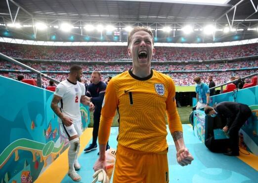 【欧洲杯】英格兰门将获欧洲杯金手套奖 5场零失球多于意门神